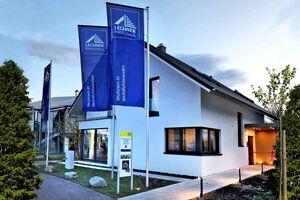 Lechner Massivhaus GmbH - Bauzentrum Poing (München), Frankfurt, Stuttgart
