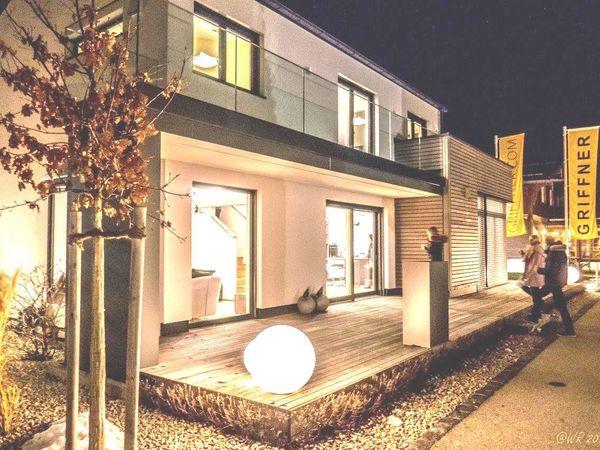 """""""Nacht der Musterhäuser"""" und neues Veranstaltungsangebot im Bauzentrum Poing"""