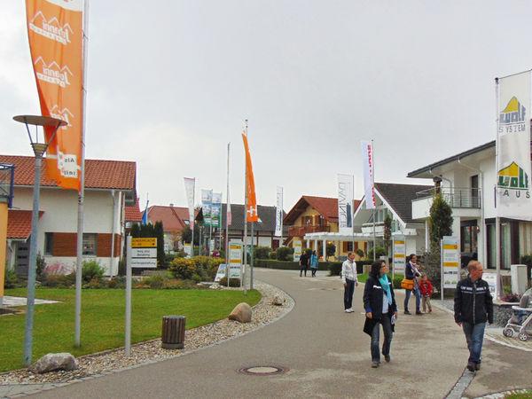 """""""Tag der Musterhäuser"""" am 23. September im Bauzentrum Poing"""