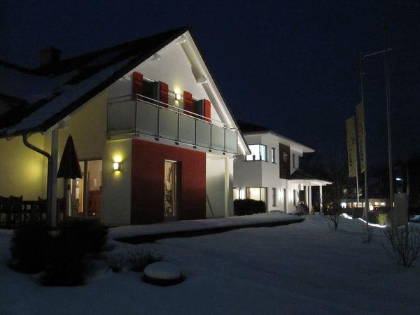 """""""Nacht der Musterhäuser""""  - """"Fensterln"""" in der Hausausstellung in Bad Vilbel"""